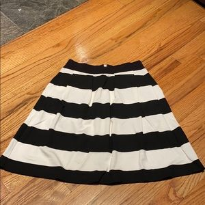 French Connection Skirt, SZ 4
